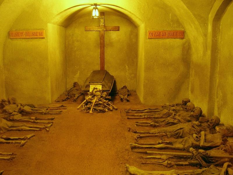 A kapucínusok Szent Kereszt temploma - kripta